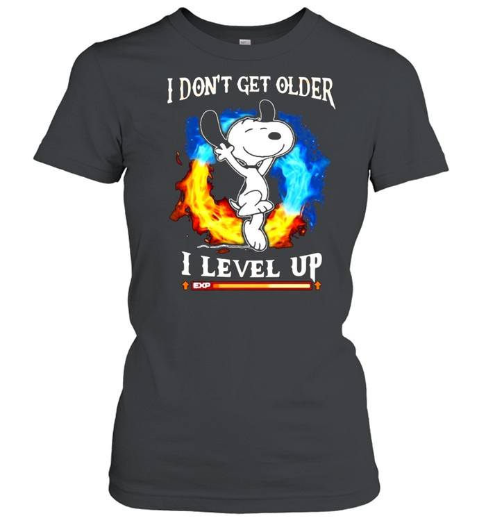 I Don't Get Older I Level Up Snoopy  Classic Women's T-shirt