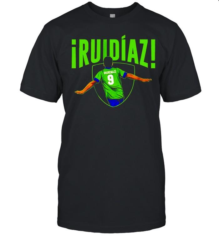 Raúl Ruidíaz From Distance shirt Classic Men's T-shirt